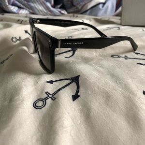 Marc Jacobs Accessories - Marc Jacobs Black Sunglasses 119/S 0807 54MM